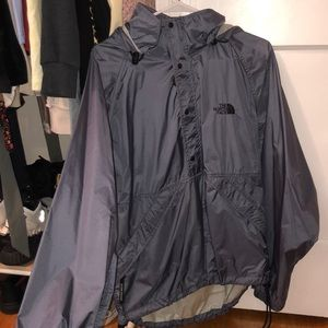 North Face Windbreaker / water repellent jacket